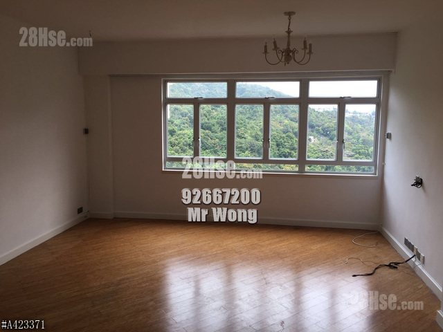 Fotan Lok Lam Garden Apartment,Estate For Sell,Best Buy In The  Market,Simple Decorated,With Roof,Spacious,East   28Hse